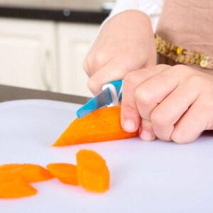 Cuchillo de aprendizaje KiddiKutter, a partir de 3 años, morado